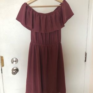 Aritzia Wilfred Off the shoulder dress